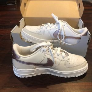 kids nike air force ones size 4